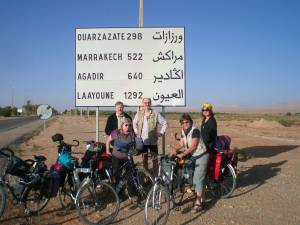Eine ADFC Reisegruppe unterwegs